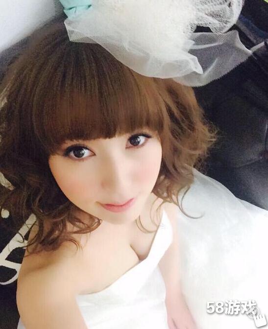 波多野结衣代言游戏披婚纱小露性感