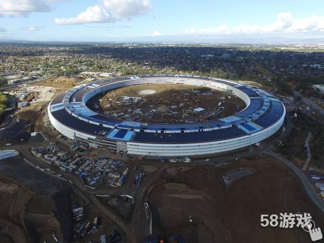 《我的世界》玩家耗时一年打造苹果飞碟总部
